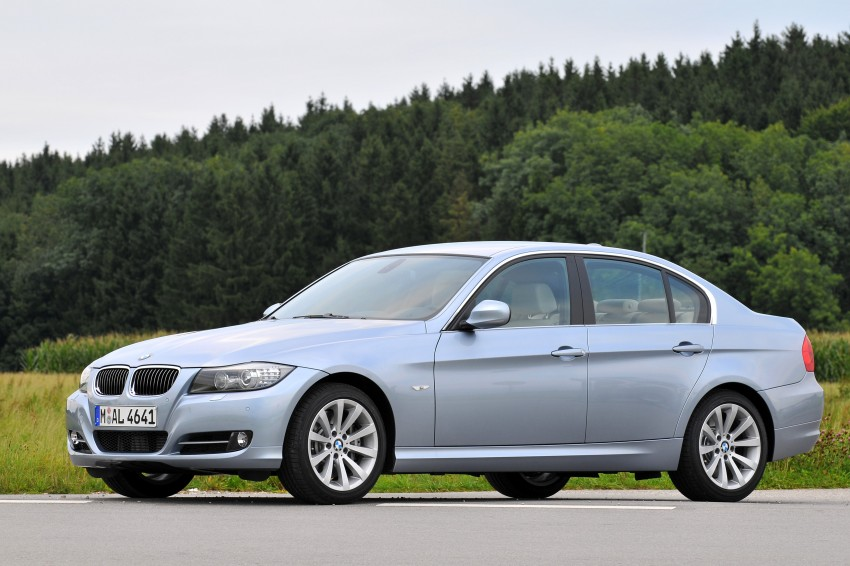 2009 BMW 335i and 330d LCI Review Image #273624
