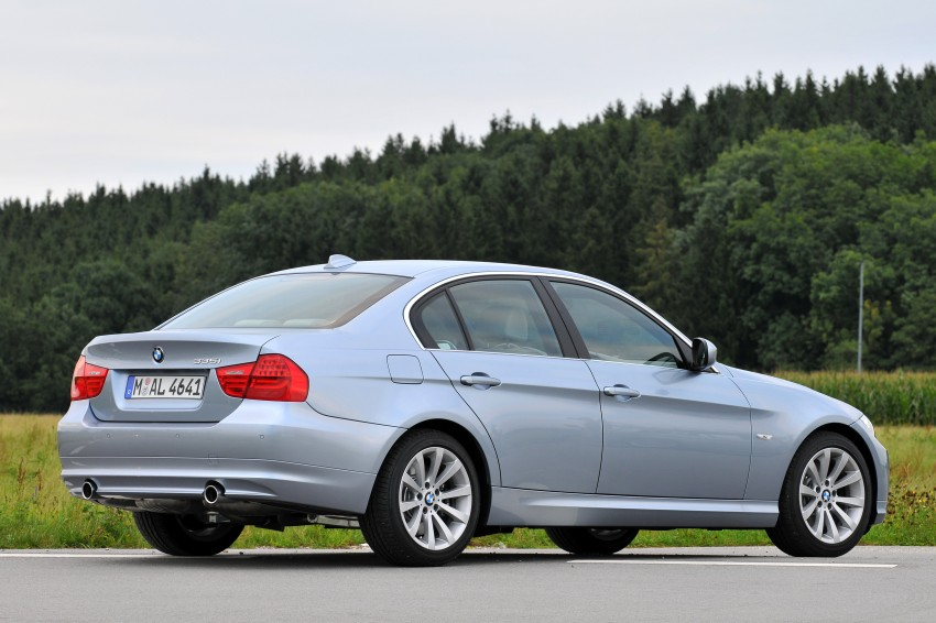 2009 BMW 335i and 330d LCI Review Image #273623