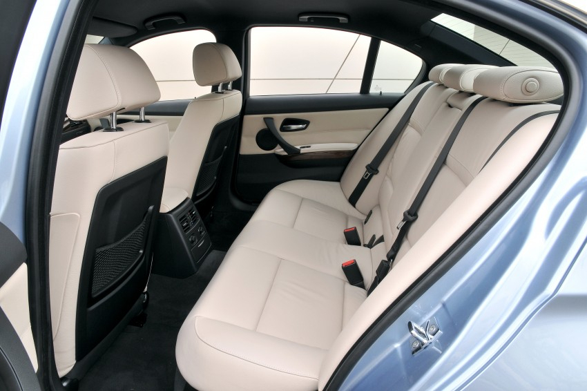 2009 BMW 335i and 330d LCI Review Image #273619