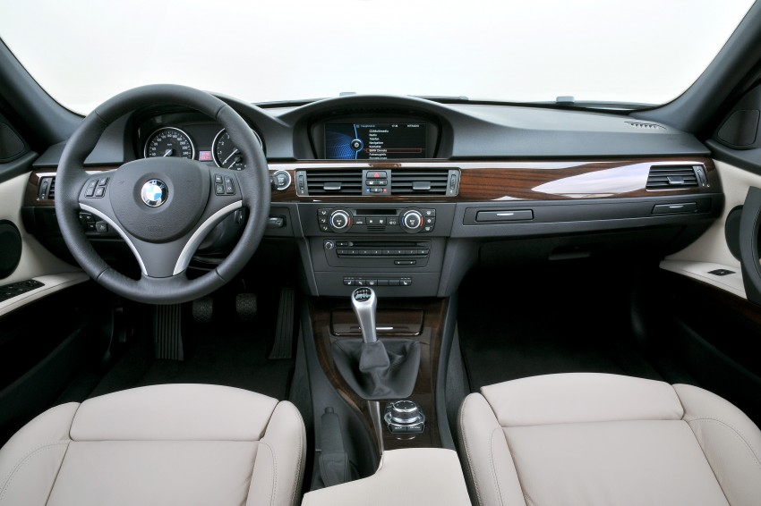 2009 BMW 335i and 330d LCI Review Image #273618