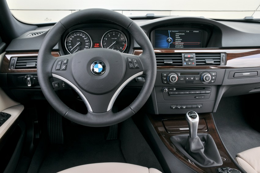 2009 BMW 335i and 330d LCI Review Image #273617