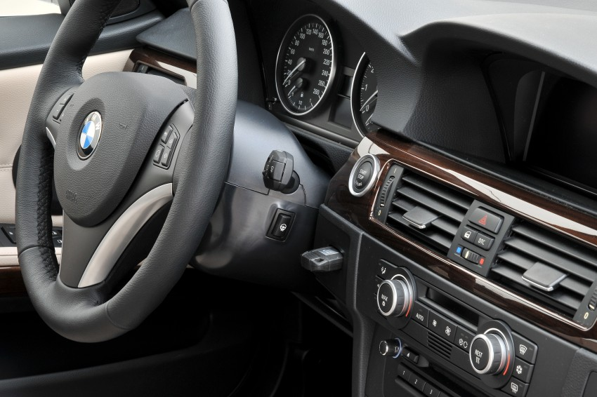 2009 BMW 335i and 330d LCI Review Image #273614