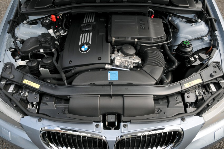 2009 BMW 335i and 330d LCI Review Image #273610