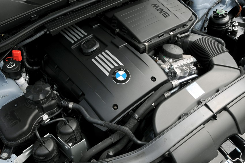 2009 BMW 335i and 330d LCI Review Image #273609