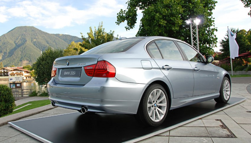 2009 BMW 335i and 330d LCI Review Image #273500
