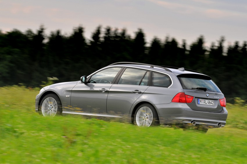 2009 BMW 335i and 330d LCI Review Image #273761