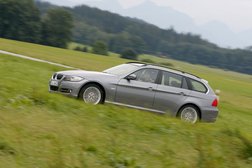 2009 BMW 335i and 330d LCI Review Image #273757