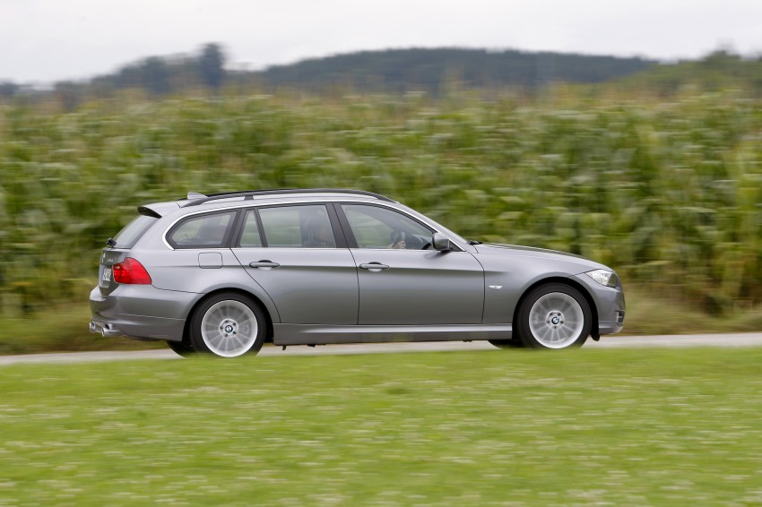 2009 BMW 335i and 330d LCI Review Image #273755