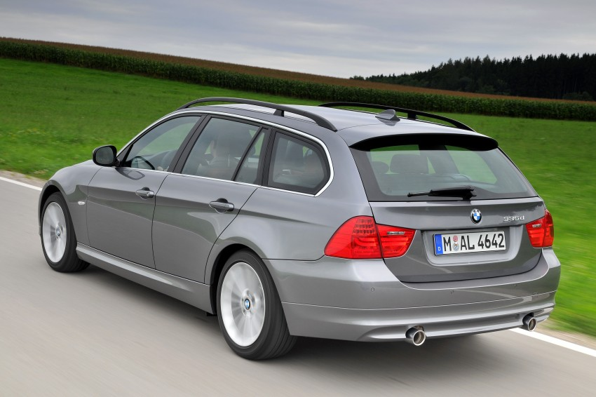 2009 BMW 335i and 330d LCI Review Image #273750