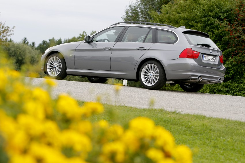 2009 BMW 335i and 330d LCI Review Image #273736