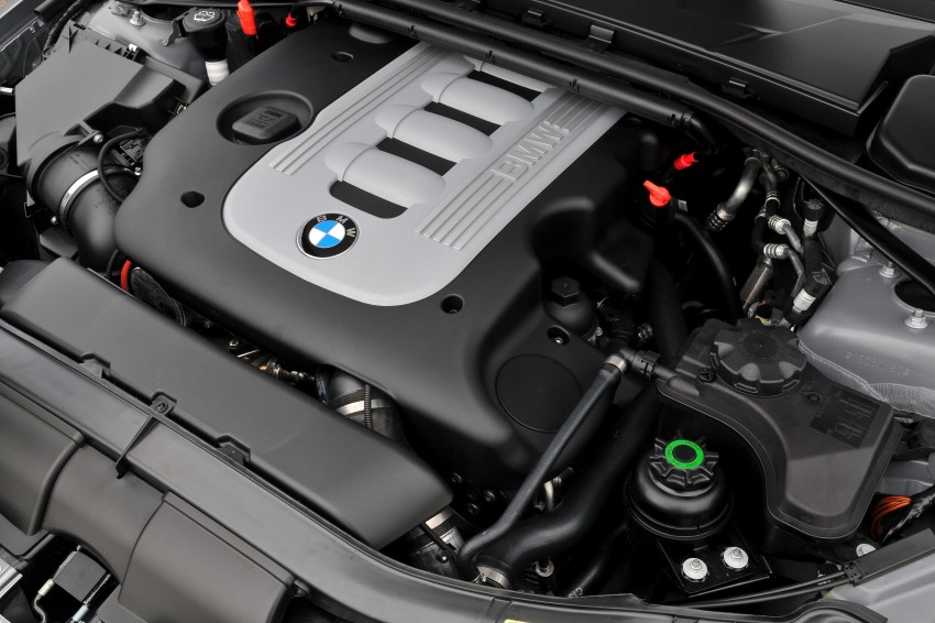 2009 BMW 335i and 330d LCI Review Image #273728
