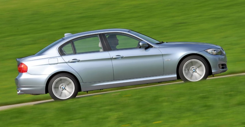 2009 BMW 335i and 330d LCI Review Image #273497
