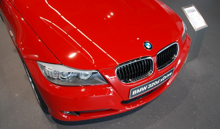 2009 BMW 335i and 330d LCI Review Image #273476