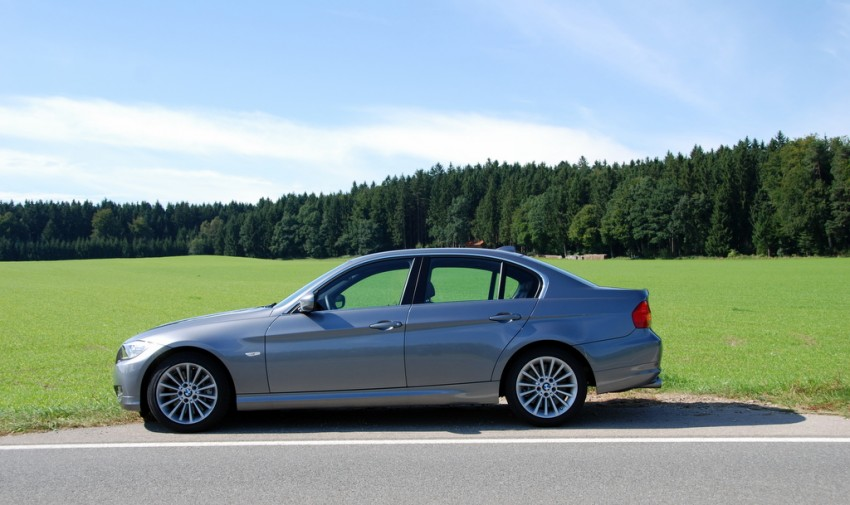 2009 BMW 335i and 330d LCI Review Image #273469