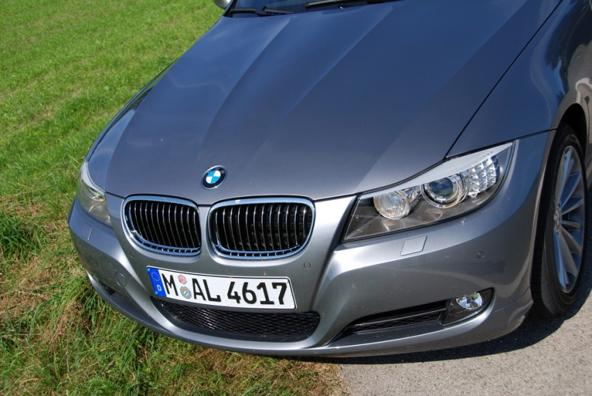 2009 BMW 335i and 330d LCI Review Image #273468