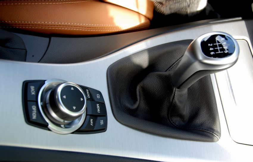2009 BMW 335i and 330d LCI Review Image #273462