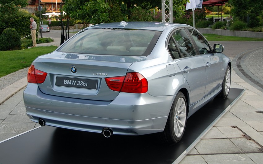 2009 BMW 335i and 330d LCI Review Image #273452