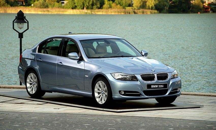 2009 BMW 335i and 330d LCI Review Image #273449
