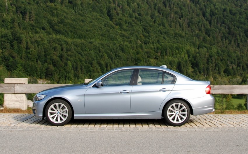 2009 BMW 335i and 330d LCI Review Image #273444