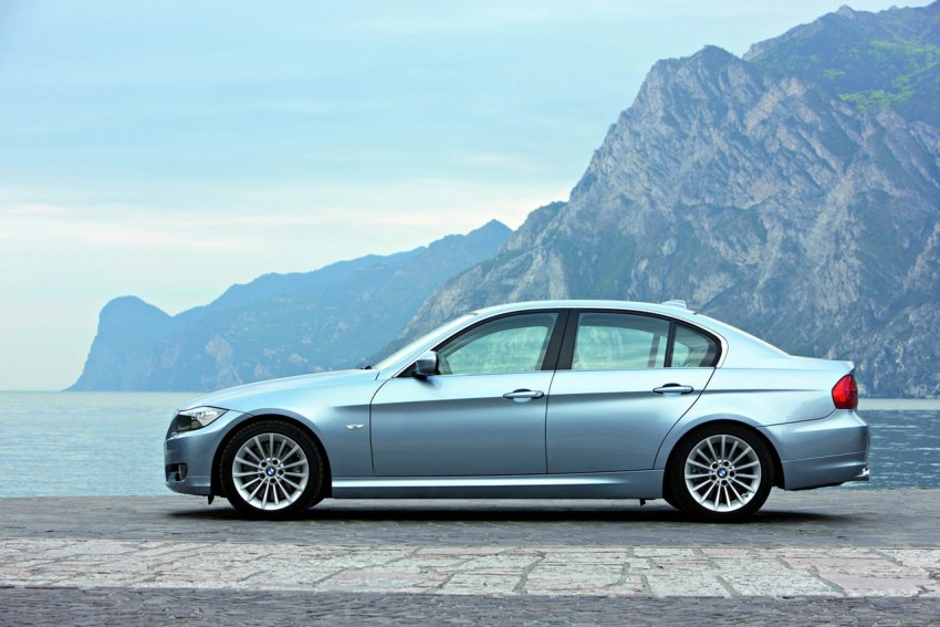 2009 BMW 335i and 330d LCI Review Image #273721