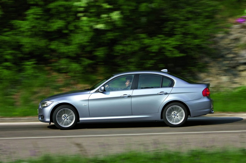 2009 BMW 335i and 330d LCI Review Image #273720
