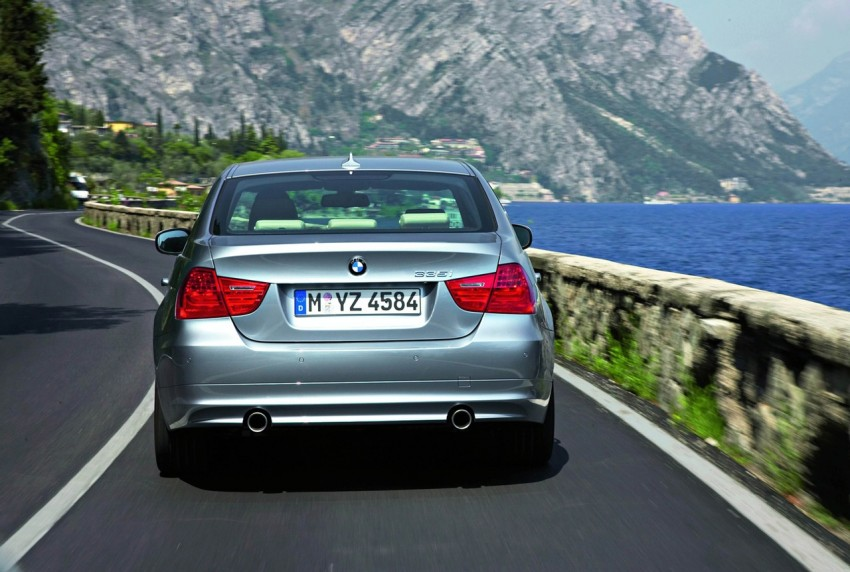 2009 BMW 335i and 330d LCI Review Image #273719