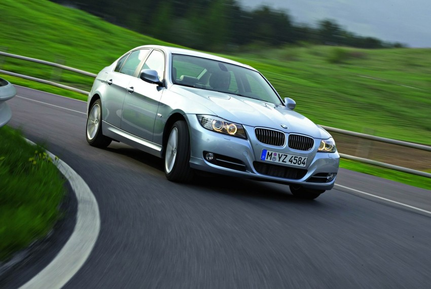 2009 BMW 335i and 330d LCI Review Image #273717