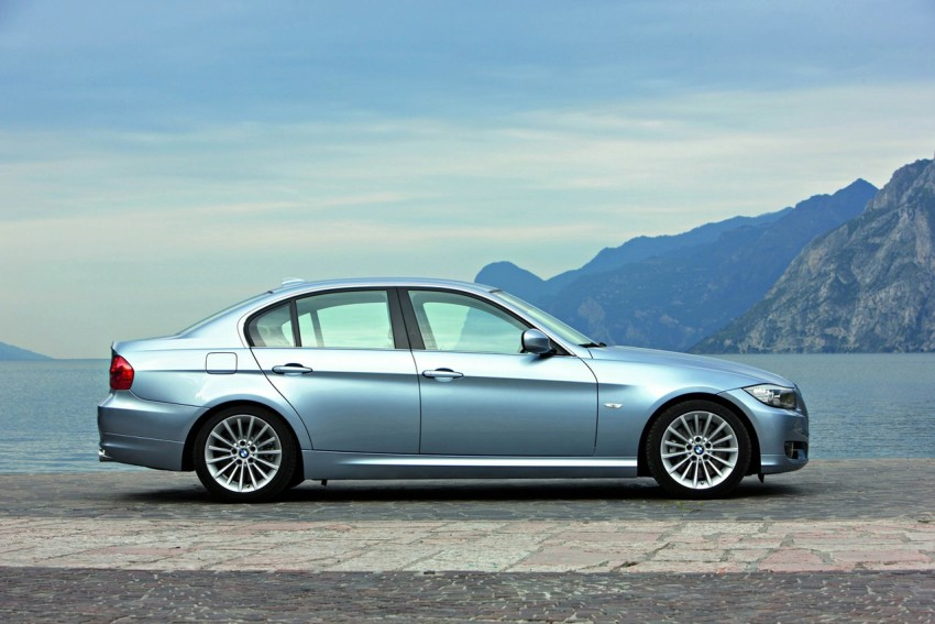 2009 BMW 335i and 330d LCI Review Image #273713