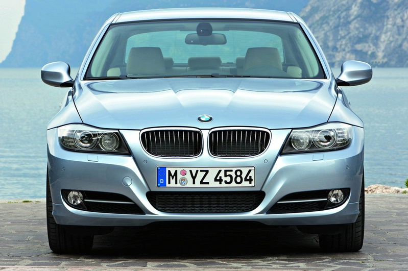 2009 BMW 335i and 330d LCI Review Image #273711