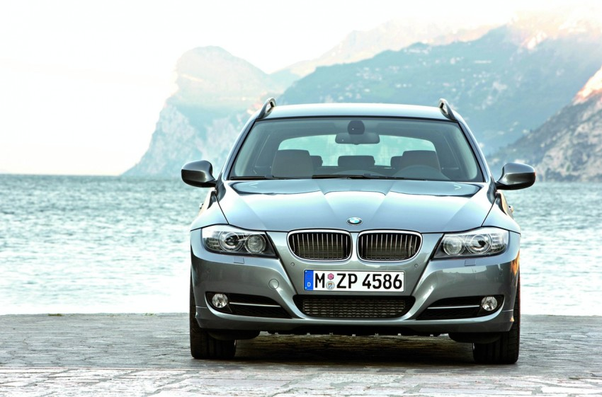 2009 BMW 335i and 330d LCI Review Image #273710