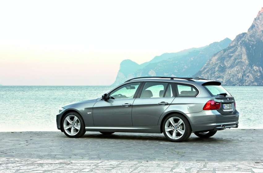 2009 BMW 335i and 330d LCI Review Image #273706