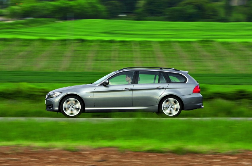 2009 BMW 335i and 330d LCI Review Image #273704