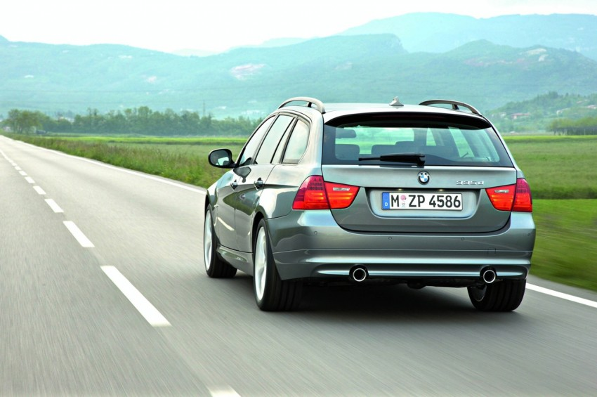 2009 BMW 335i and 330d LCI Review Image #273701