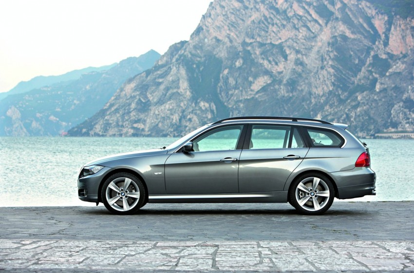 2009 BMW 335i and 330d LCI Review Image #273700