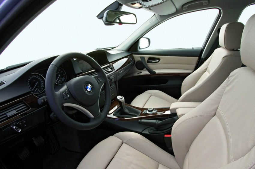 2009 BMW 335i and 330d LCI Review Image #273698