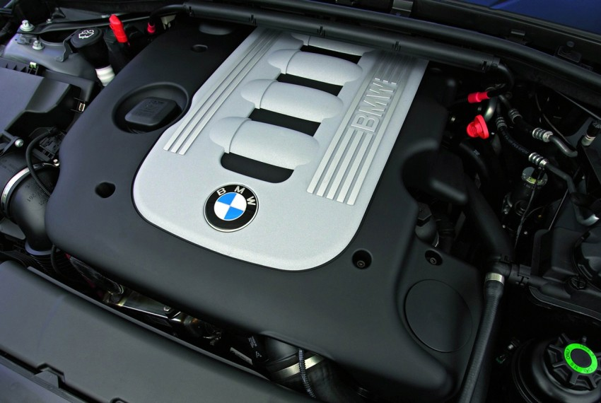 2009 BMW 335i and 330d LCI Review Image #273685