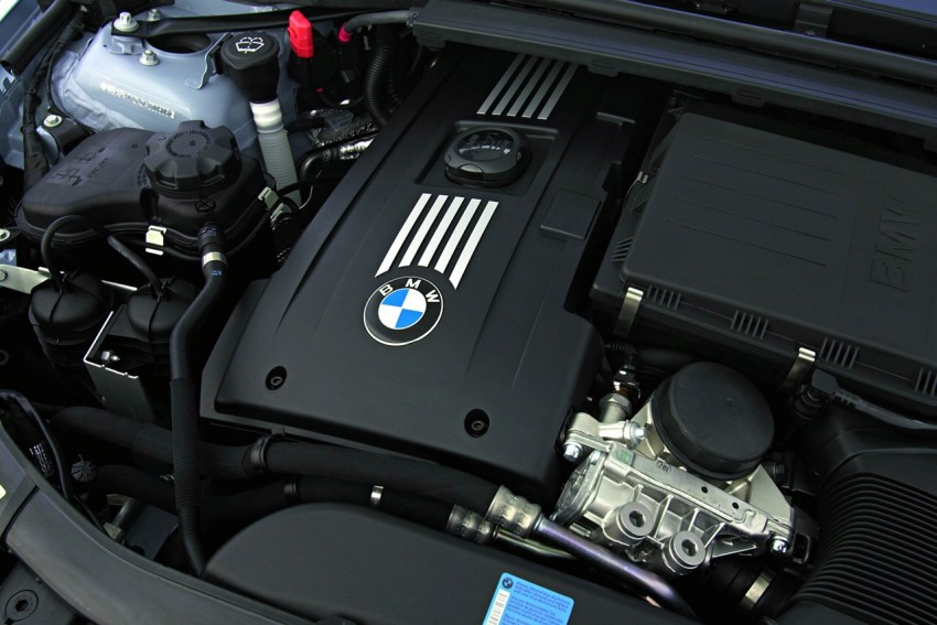 2009 BMW 335i and 330d LCI Review Image #273684