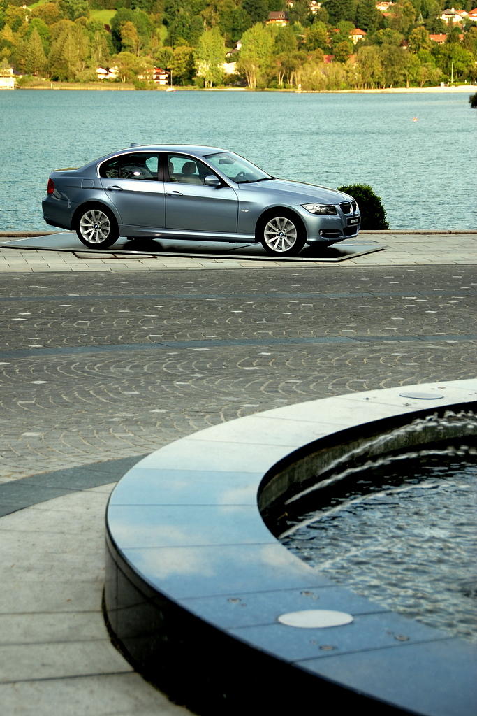 2009 BMW 335i and 330d LCI Review Image #273437
