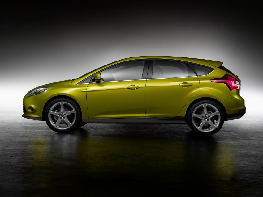 Ford Focus Wagon body joins hatch and sedan Image #414266