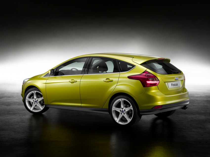 Ford Focus Wagon body joins hatch and sedan Image #414264