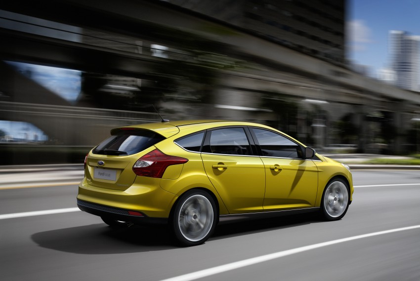 Ford Focus Wagon body joins hatch and sedan Image #414258