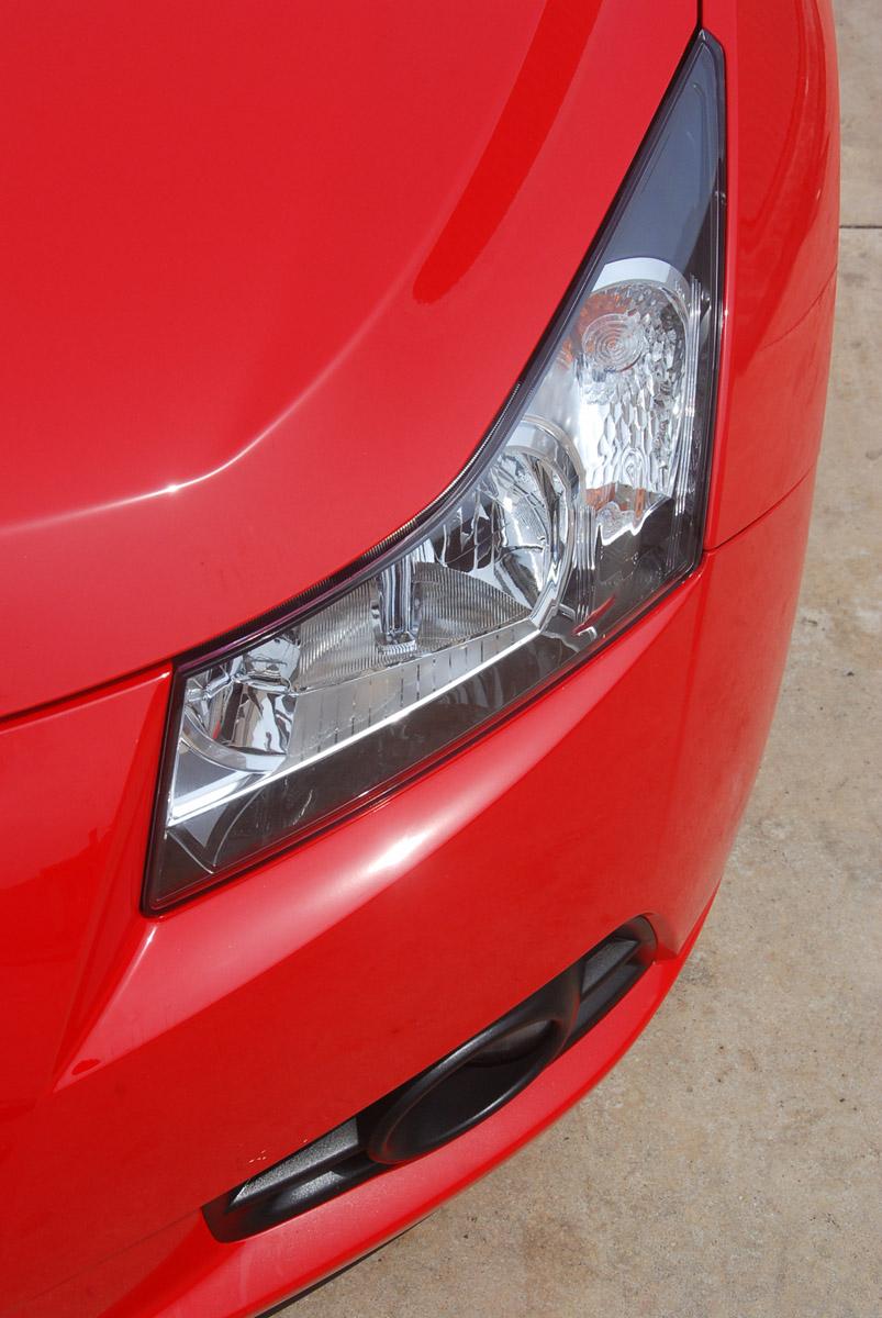 Chevrolet Cruze 1.8 LT Test Drive Report Image #238636