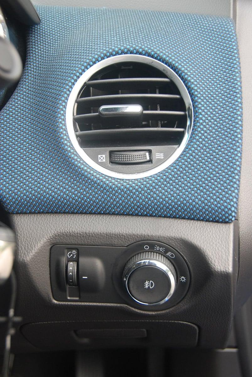 Chevrolet Cruze 1.8 LT Test Drive Report Image #238631
