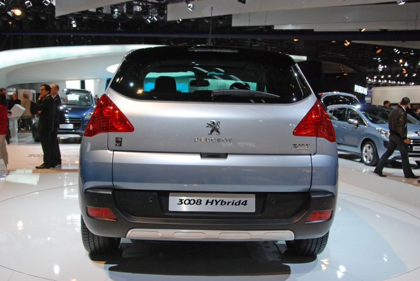 Peugeot 3008 HYbrid4, world's first diesel hybrid Image #161836