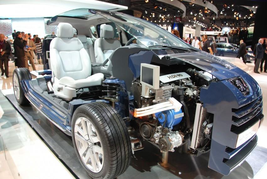 Peugeot 3008 HYbrid4, world's first diesel hybrid Image #161833