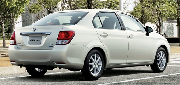 2012 Toyota Corolla Axio launched in Japan – does it preview the next generation Corolla Altis interior? Image #107315