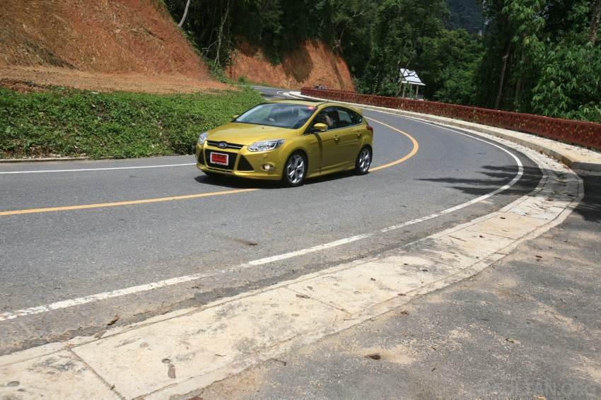 DRIVEN: New Ford Focus Hatch and Sedan in Krabi Image #119014