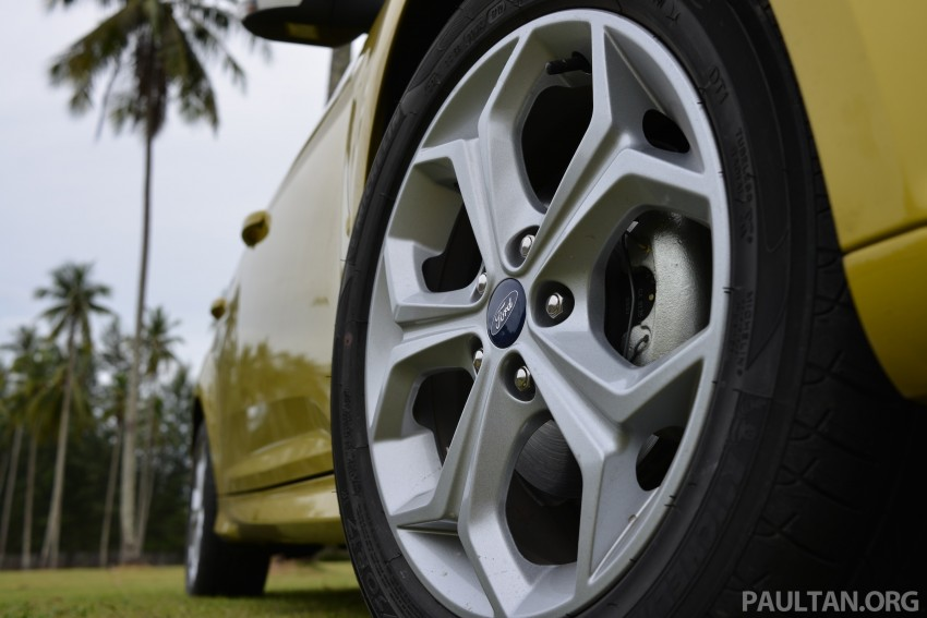 DRIVEN: New Ford Focus Hatch and Sedan in Krabi Image #118944