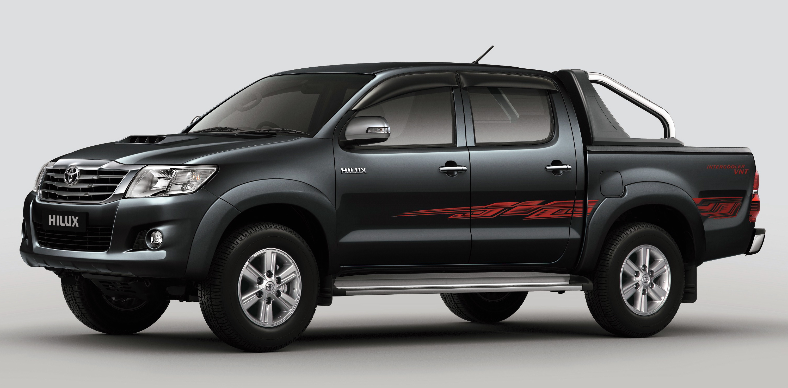 toyota hilux and fortuner 2 5l vnt d 4d intercooled engine 2012 my versions coming order. Black Bedroom Furniture Sets. Home Design Ideas