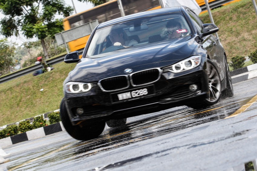 F30 BMW 3-Series 320d goes sideways at the Auto Bavaria Sg. Besi Dynamic Drive event Image #116482